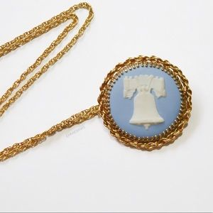 Vintage WEDGWOOD 12KGF Bell Cameo Brooch Necklace